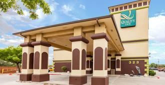 Quality Inn near SeaWorld - Lackland - San Antonio - Building