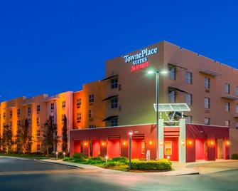 TownePlace Suites by Marriott Tampa Westshore/Airport - Tampa - Building