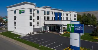 Holiday Inn Express Fishkill-MID Hudson Valley - Fishkill - Building