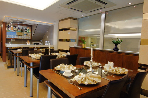 Harbour Hotel - Hong Kong - Restaurant