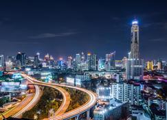 Baiyoke Sky Hotel - Бангкок - Вигляд зовні