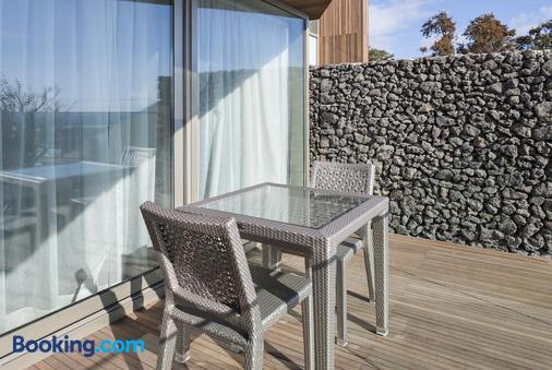 Bayhill Pool & Villa - Seogwipo - Balcony