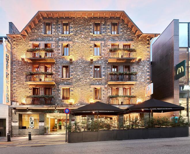 Hotel de l'Isard - Andorra la Vella - Rakennus