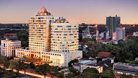 Sofitel Saigon Plaza - Ciudad Ho Chi Minh - Vista del exterior