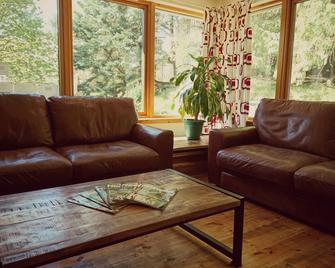 Morag's Lodge - Fort Augustus - Living room