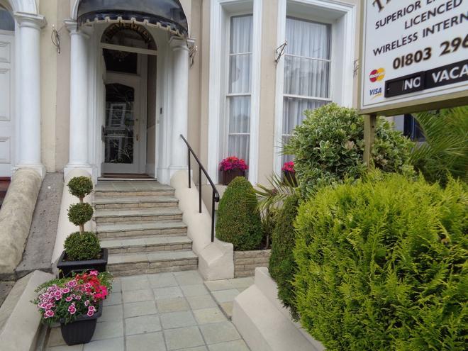 The Beverley Hotel - Torquay - Outdoor view