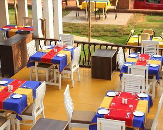 Paparazzi Resort - Calangute - Restaurant