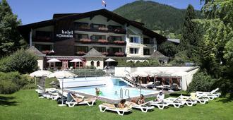 Hotel Sonnalm - Bad Kleinkirchheim - Building
