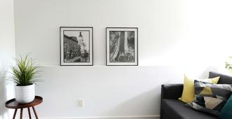 Kitsilano Modern Comfort - Spacious 1 Bedroom In Quiet Tree Lined Neighbourhood - Vancouver - Sala