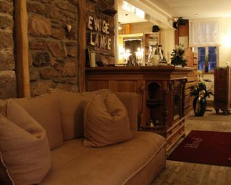 Zur Ewigen Lampe At Hemingway Trail - Nideggen - Living room