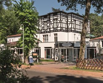 Best Western Plus Ostseehotel Waldschlösschen - Prerow - Building