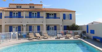 Hotel Le Bleu Marine - Saintes-Maries-de-la-Mer - Piscine