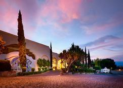 Ixtapan de la Sal Marriott Hotel, Spa & Convention Center - Ixtapan de la Sal - Außenansicht