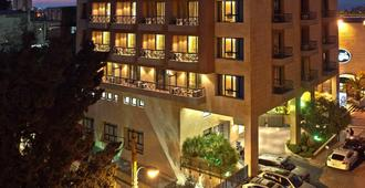 Parktower Suites - ביירות