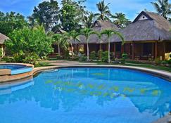 維娜尼特渡假村 - 邦勞島 - 邦勞 - 游泳池