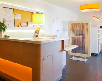 Ibis Budget Narbonne Sud - Narbonne - Gebäude