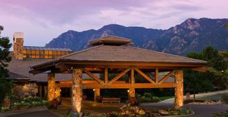 Cheyenne Mountain Resort Colorado Springs, A Dolce Resort - Colorado Springs - Building