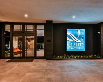 Quality Hotel Blumenau - Blumenau - Gebäude