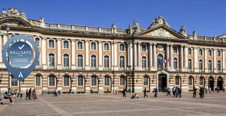 Ibis Styles Toulouse Capitole - Toulouse - Building