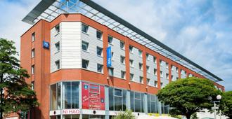 Ibis Budget Hamburg City Ost - Hamburg - Building