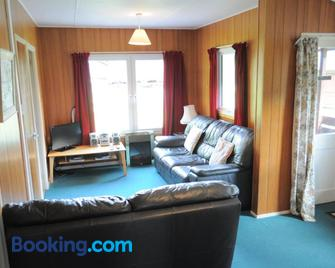 Lamont Chalets - Kyle - Living room