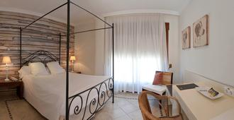 Palau Verd Hotel - Denia - Bedroom