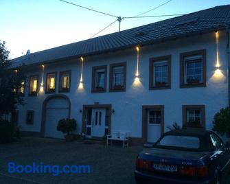 Pension Schmitz - Saarburg - Edificio