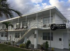Pelican By The Sea - Pompano Beach - Building