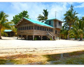 Isla Marisol Resort - Dangriga