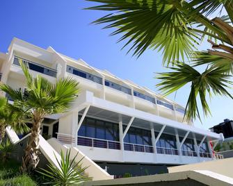 Hotel Picasso - Valona - Edificio