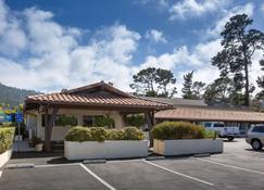 Days Inn by Wyndham Monterey-Fisherman's Wharf Aquarium - Monterey - Building