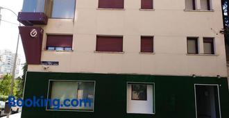 A&z Javier Cabrini - Madrid - Edificio