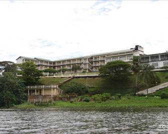 Brisk Hotel Triangle - Jinja