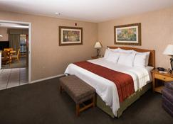 Lakeside Lodge And Suites - Chelan - Bedroom
