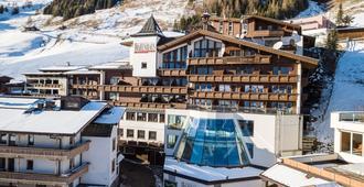 Alpenbad Hotel Hohenhaus - Hintertux - Building
