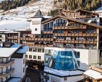 Alpenbad Hotel Hohenhaus - Hintertux - Gebäude