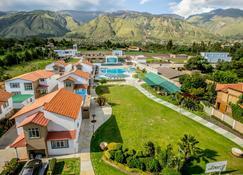 Hotel Regina Resort & Convenciones - Cochabamba - Edifício