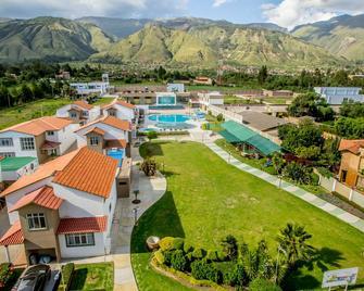 Hotel Regina Resort & Convenciones - Cochabamba - Gebouw