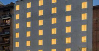 H10 Puerta de Alcalá - Μαδρίτη - Κτίριο