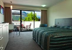 Copthorne Hotel & Apartments Queenstown Lakeview - Queenstown - Makuuhuone