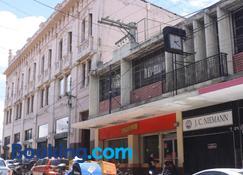 Hotel Kasa Kamelot - Quetzaltenango - Edificio