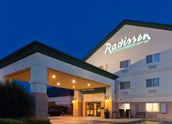 Radisson Hotel & Conference Center Rockford, IL - Rockford - Rakennus