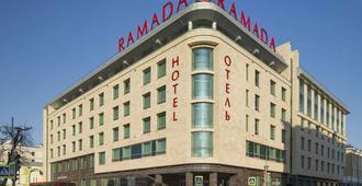 Ramada by Wyndham Kazan City Center - Καζάν - Κτίριο