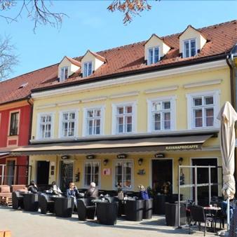 Regal Residence - Zagreb - Building