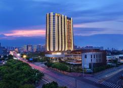 Fliport Hotel Zhangzhou Yuanshan - Zhangzhou - Building