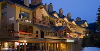 Whistler Village Inn And Suites - Whistler - Toà nhà