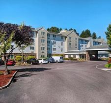 Country Inn & Suites by Radisson, Portland Air, OR