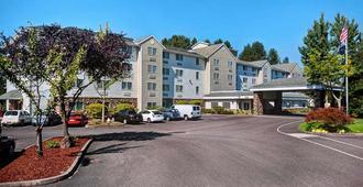 Country Inn & Suites by Radisson, Portland Air, OR - פורטלנד
