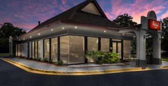 Red Roof Inn Savannah - Southside/Midtown - Savannah - Gebouw