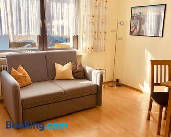 Haus Alpenrose - Trins - Living room